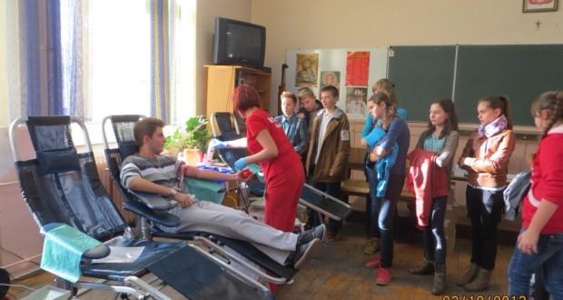 Akcja poboru krwi w paczkowskim Zespole Szkół. Foto: archiwum Paczkow24.pl