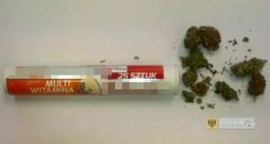 19-latek przechowywał marihuanę w pudełku po multiwitaminie