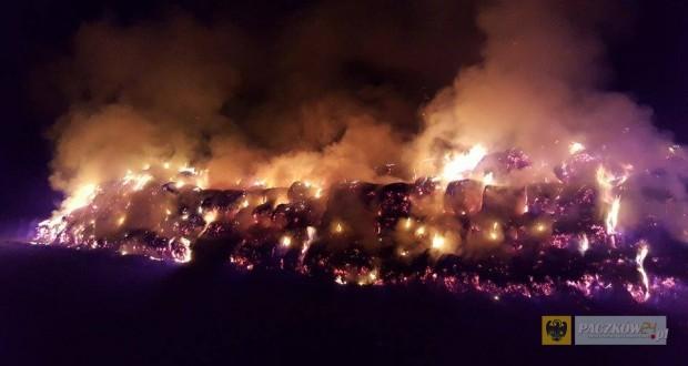 Pożar sterty słomy należącej do firmy Agrochmiel Ujeździec