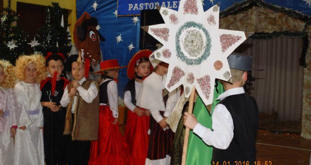 """Festiwal kolęd i pastorałek w """"Trójce"""". Foto: PSP3 Paczków"""