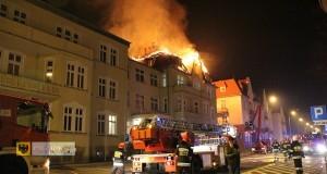 Pożar nyskiej komendy policji. Foto: ilovenysa.pl