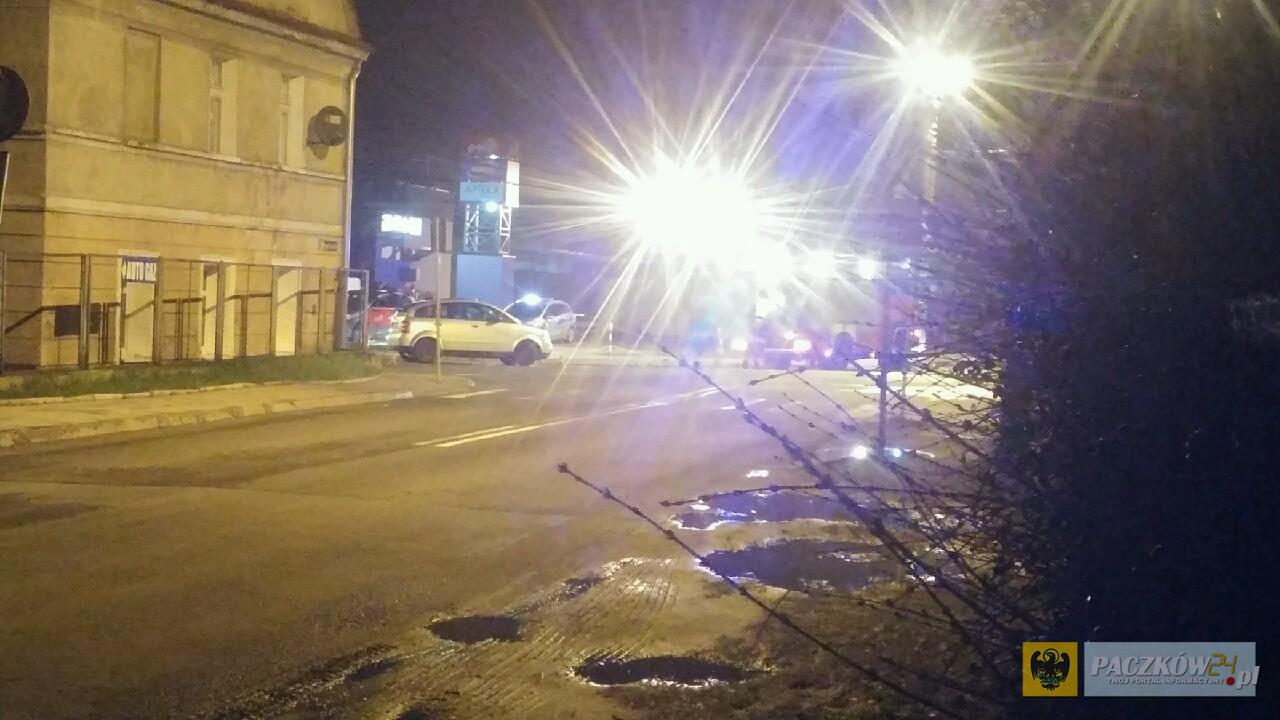 Wieczorna stłuczka na ul. Sienkiewicza. Zdjęcie nadesłane przez Czytelnika